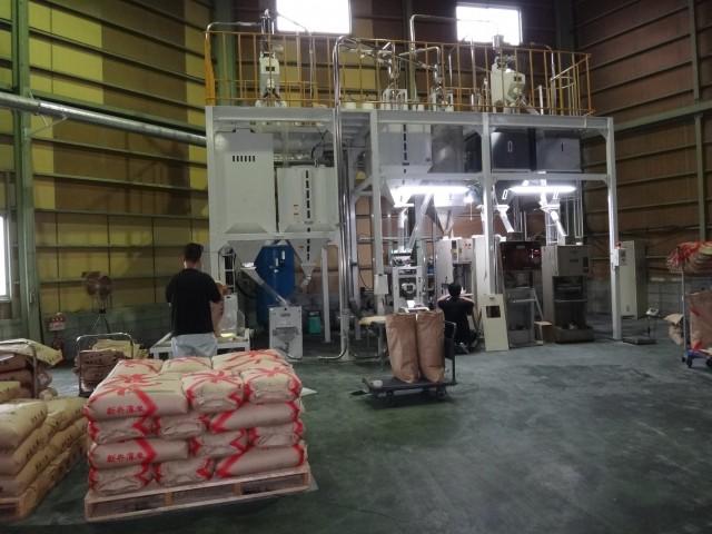 コメショウ 精米プラント 玄米張り込み 機械のメンテナンス 分解 清掃