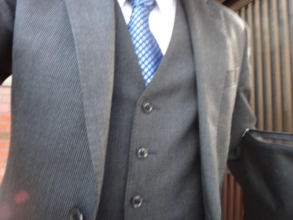 株式会社日食 スーツ 挨拶回り