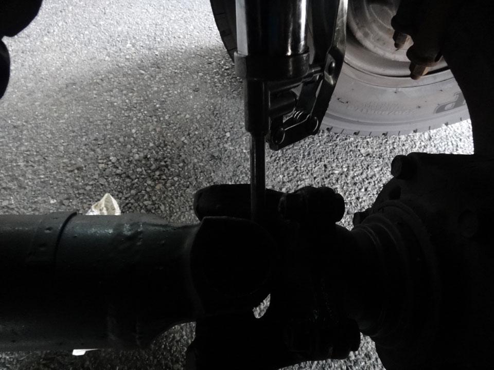 株式会社日食 トラック グリス給脂 日野自動車 レンジャー