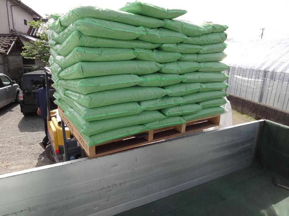株式会社日食 熊本県八代市昭和同仁町 熊本農業資材株式会社 コア有機アミノペレット 酵素発酵肥料 土壌改善の最終兵器 有用微生物資材てんてん