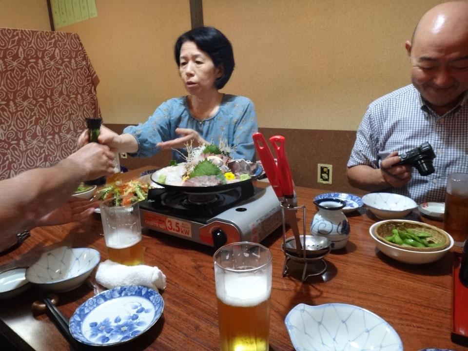 株式会社日食 うまか処 卸百家 福岡県福岡市博多区東公園7−11