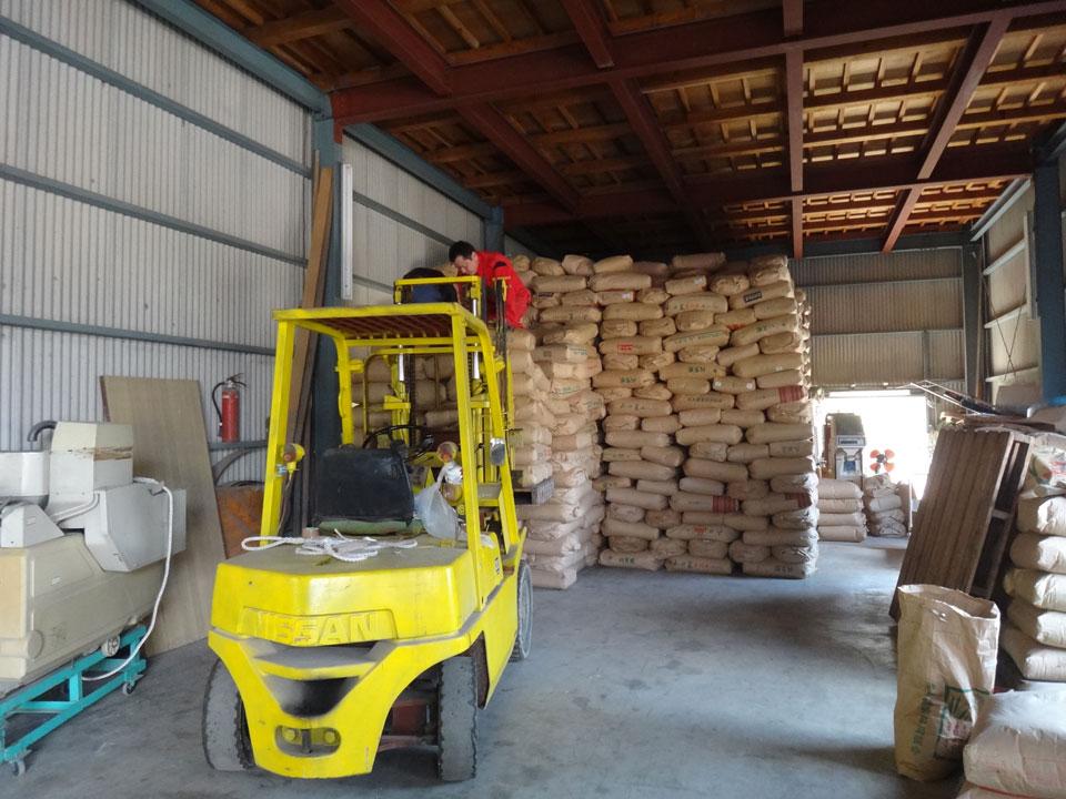 株式会社日食 山口県美祢市 28年産 屑米 はい付け はいくずし ㈲丸喜運送