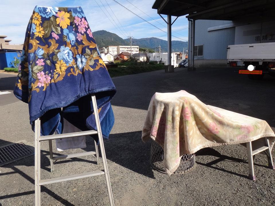 株式会社日食 トラック 毛布干し