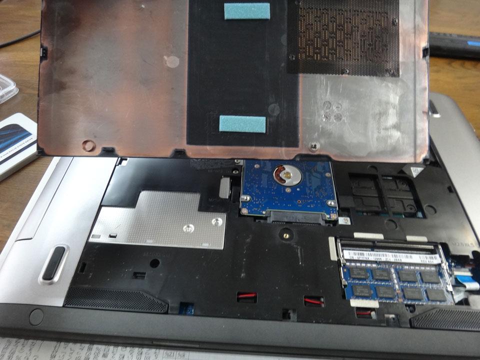株式会社日食 ノートパソコン デル VOSTRO 3560
