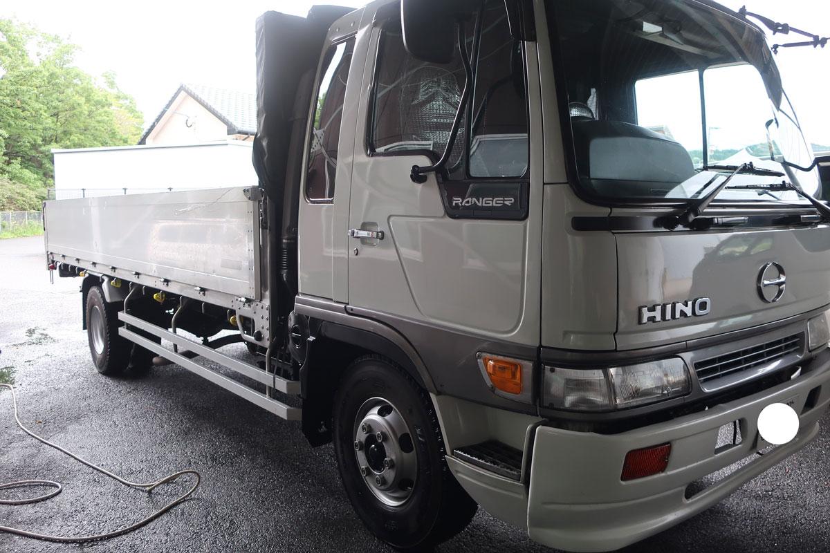 株式会社日食 洗車 日野自動車 ライジングレンジャー トラック