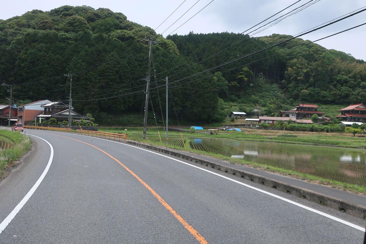 株式会社日食 県道33号線 山口県美祢市 田んぼ