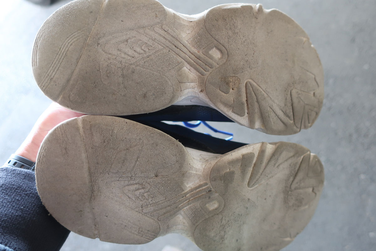 株式会社日食 靴底 スニーカー